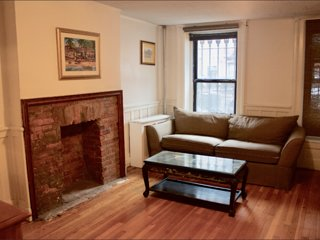 Cozy Brownstone Garden Apartment (King&Twin Bed )