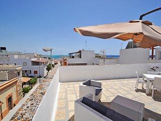 Appartamento sulla spiaggia di sabbia, 5 posti letto - App. Dea Minerva