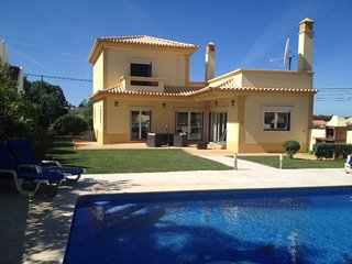 3 bedroom Villa in Vilamoura, Faro, Portugal : ref 5700574