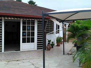 location maison F 3 climatisee Cap Chevalier Sainte Anne Martinique