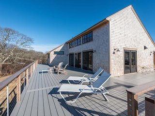SEFER - Pinkletink House! Custom New home on Prospect Hill , Chilmark,  Gorgeous