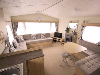 Seascape - 6 berth home from home