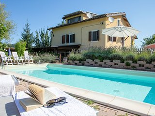 Your vacation in Villa with pool-MARCHE -ITALY
