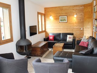 Chalet Replan - Very nice chalet foosteps to ski slopes and Les Gets lake, 4 bed