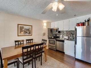 March MadnesSale!Free parking, Wifi and Hot Tub* :Renovated, ML#304; 2BR/2Bath S