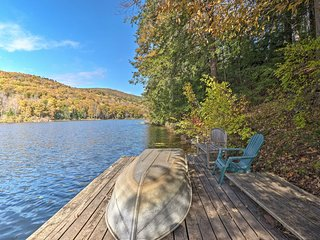 NEW! Lakefront Berkshires House w/Deck, Dock +Boat