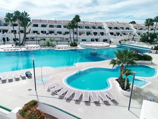 7) The best position in the complex, beautiful vulcano & pools views-WIFI