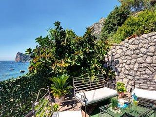 Ginestra Bianca - The perfect beachfront lodge