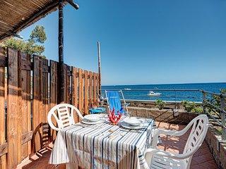 Belmare Beachfront Apartments – Cavalluccio Studio Apartment