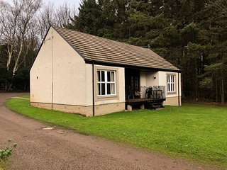 The Firs,  3 Bedroom House, Sleeps 8, With Leisure Facilities & Pool