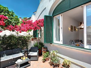 Villetta Caprile - Cosy townhouse minutes to Anacapri Historical Centre
