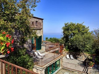 Villa Vesuvio - Luxury and Beauty