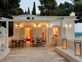 Villa Bougainvillea - Luxury Capri Villa with Views