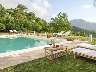 Superb Villa with Private Heated Hydro-massage Pool Overlooking Aeolian Islands!
