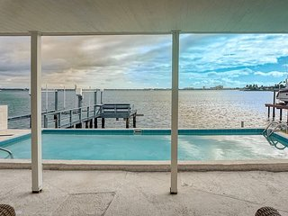 Plaza Way Waterfront Home in St. Pete Beach Florida 2/2 4535