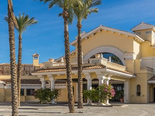 MurciaVacations - Family TownHouse with three bedrooms  with frontline golf cour