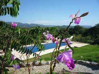 Grande villa privée avec vue spectaculaire de 180° sur les montagnes