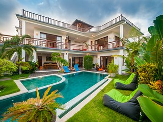 360 Ocean Rooftop Private Villa Bukit