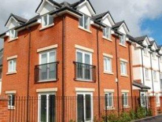44, holiday rental in Warrington
