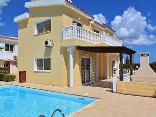Agia Thekla 3 bedroom villa