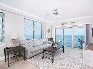 2BR, 2BA Crystal Tower Condo on 15th Floor – Epic Views from 2 Balconies!