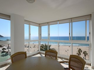 ★ Exclusive Luxury Frontline Apt. Amazing Views ★