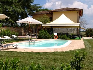 Villino Victor&rose in Toscana con piscina e Spa all' aperto