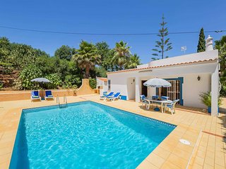 2 bedroom Villa with Pool, Air Con and WiFi - 5706314