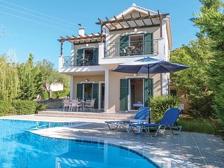 3 bedroom Villa in Mousata, Ionian Islands, Greece - 5707933