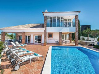 5 bedroom Villa in Terras Novas, Faro, Portugal - 5707049