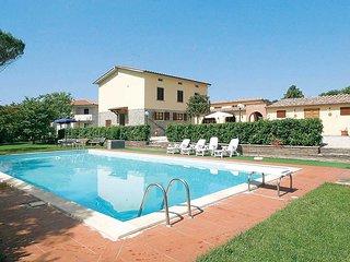5 bedroom Villa in La Dogana, Tuscany, Italy - 5706066