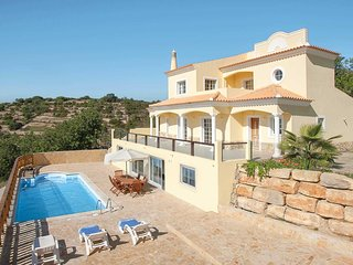 4 bedroom Villa in Sitio da Areia, Faro, Portugal : ref 5705954