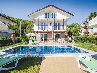 3 bedroom Villa in Ahatlı, Muğla, Turkey : ref 5707059