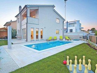 3 bedroom Villa in Medulin, Istria, Croatia - 5706901