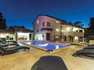 5 bedroom Villa in Premantura, Istria, Croatia : ref 5706976