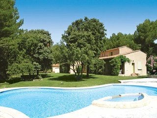 3 bedroom Villa in Saumane-de-Vaucluse, France - 5707818