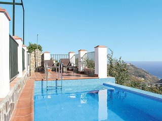 2 bedroom Villa with Pool, Air Con and WiFi - 5706955