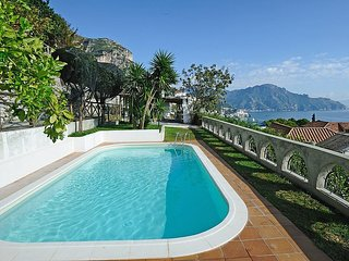 Conca dei Marini Villa Sleeps 6 with Pool Air Con and WiFi - 5668711
