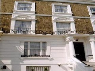 Well located bright 2 D Bedrooms, Reception/kitchen, Bath room. Swiss Cottage.