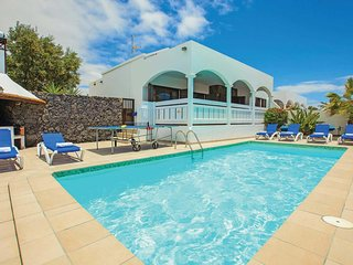 3 bedroom Villa in Playa Blanca, Canary Islands, Spain - 5706418