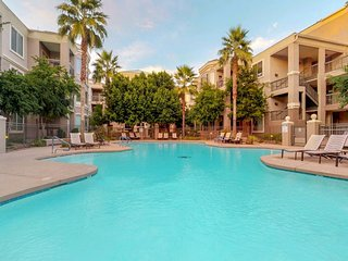 NEW LISTING! Pet Friendly Condo in the heart of Tempe