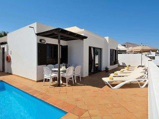 3 bedroom Villa in Puerto del Carmen, Canary Islands, Spain - 5707250