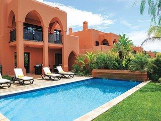 3 bedroom Villa in Monte Raposo, Faro, Portugal : ref 5707968