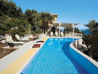 3 bedroom Villa in Syvota, Ionian Islands, Greece - 5705835