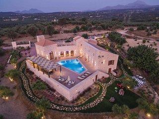 5 bedroom Villa in Asteri, Crete, Greece - 5706910