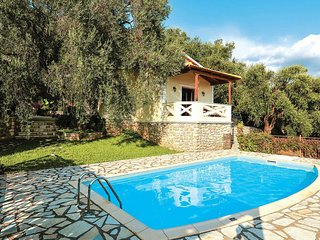 2 bedroom Villa in Chrysogiáli, Epirus, Greece : ref 5707452