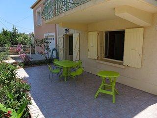 5 bedroom Apartment in Saint-Pierre-sur-Mer, Occitania, France : ref 5541771