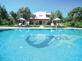 4 bedroom Villa in Bitez, Muğla, Turkey : ref 5706565