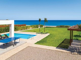 3 bedroom Villa with Pool, Air Con and WiFi - 5706513