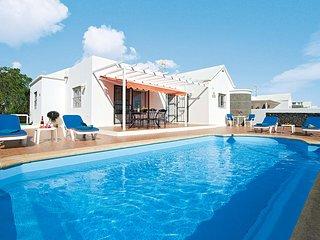 3 bedroom Villa in Puerto del Carmen, Canary Islands, Spain - 5707651